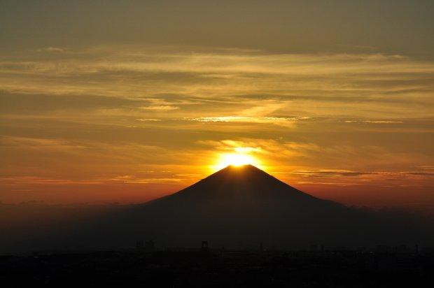 湘南の夕陽ーダイヤモンド富士